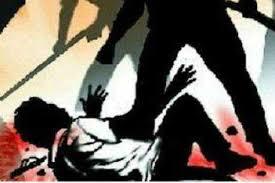 बिल जमा करने के दौरान चलें लाठी-डंडे, एसएसओ समेत 4 जख्मी