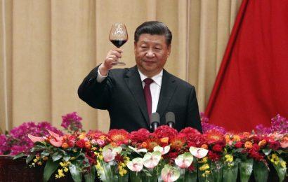 कोरोना वायरस खत्म होने पर चीन में पार्टी, बिकना स्टार्ट चमगादढ का मीट